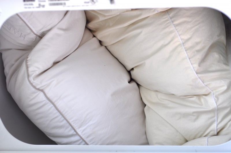 Cleaning day: How to wash down pillows at home | A Crafty Fox