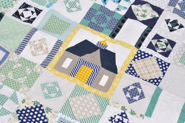 Summer House Block. Love the quilting by Melissa at Sew Shabby!