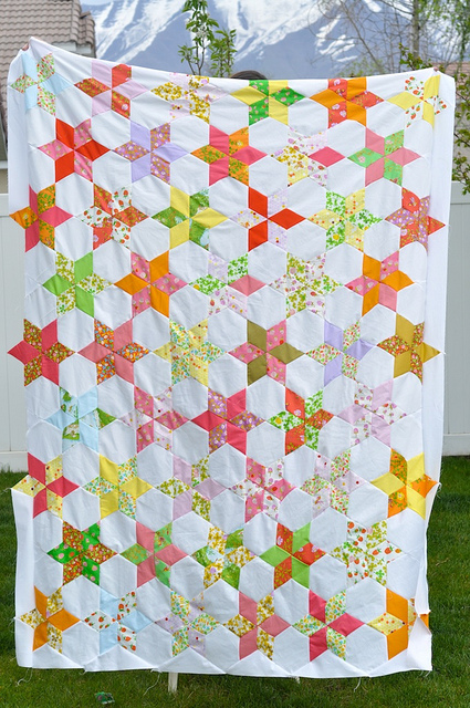 Starflower: A New Quilt Top (and Sew Mama Sew Giveaway Day!)