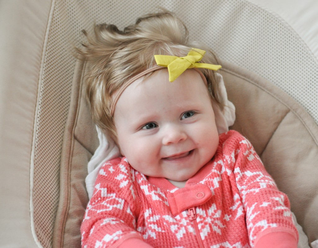 Hand Tied Hair Bow Tutorial from A Crafty Fox - Happy Baby!!