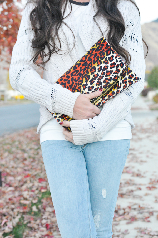 Simple Sewing Tutorial: Leopard Foldover Clutch