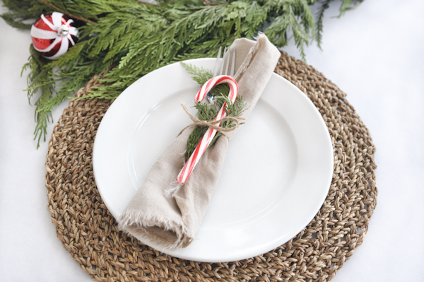 ten minute holiday table setting tutorial