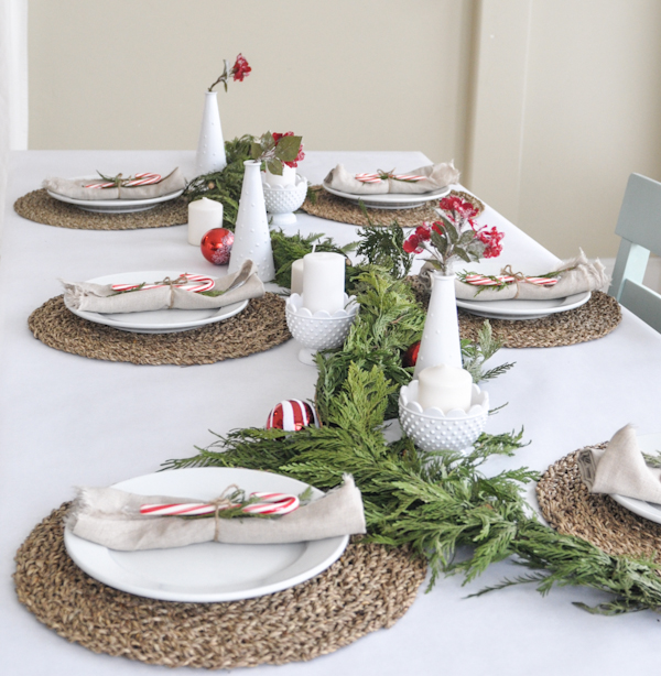ten-minute-holiday-table-setting-tutorial